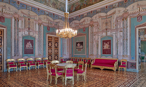 Picture: The Salon of the queen