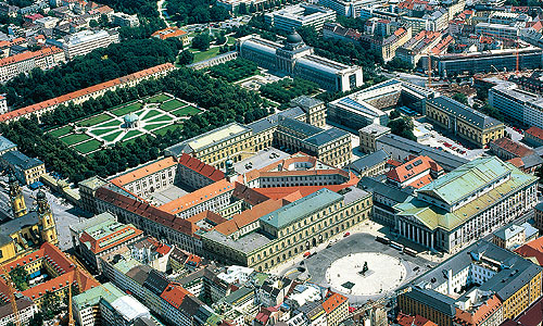 Picture: The Munich Residence and Court Garden (aerial view)