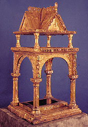 Picture: Altar ciborium of King Arnulf of Carinthia